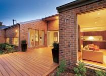 Berkley-Kew-Display-Home-Photo's-Courtyard-(1)
