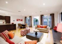 Berkley-Kew-Display-Home-Photo's-Familyroom-(1)