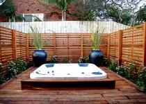 Berkley-Kew-Display-Home-Photo's-Outdoor-Spa-(1)