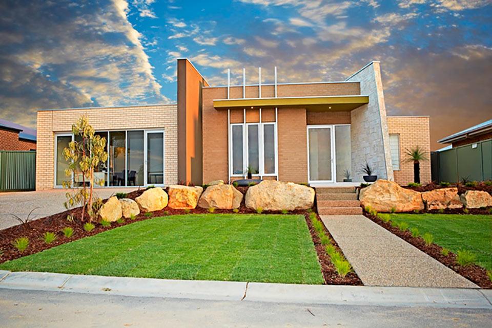 Garde-Display-Home-Photo's-front-Facade