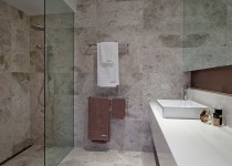 Linear-Caulfield-South-Display-Home-Photo's-Ensuite-(2)